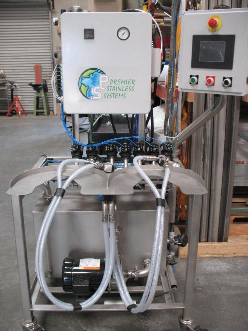 Automatic keg cleaner